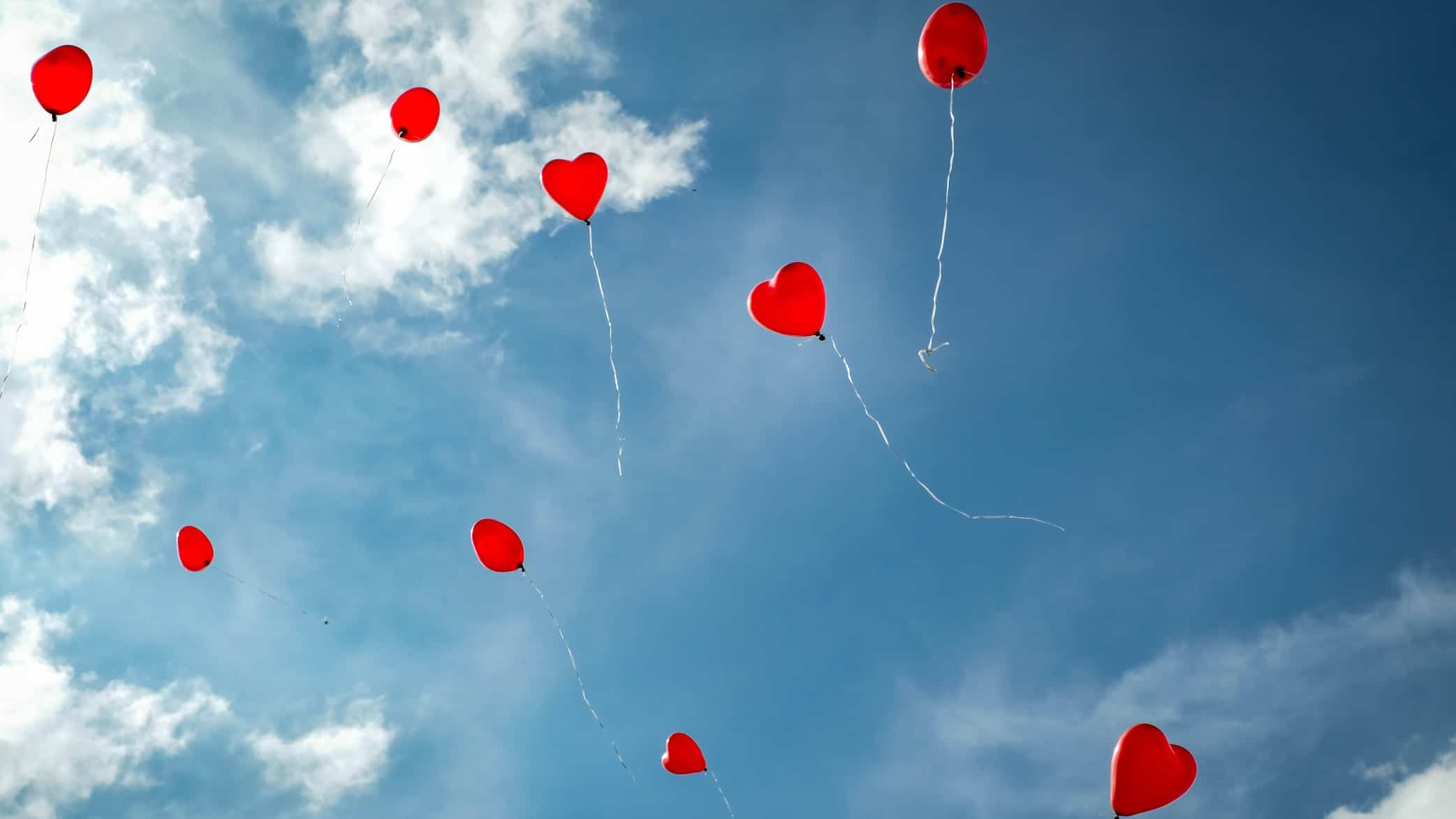 heart shaped balloons flying in the air representing Cardiex share price