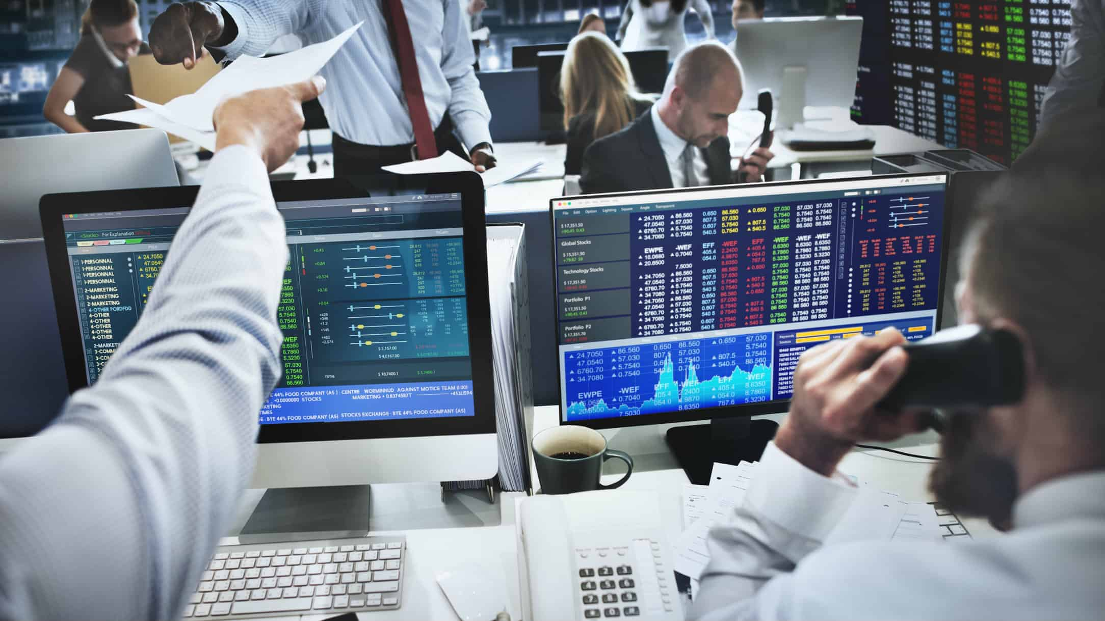 Brokers trading shares