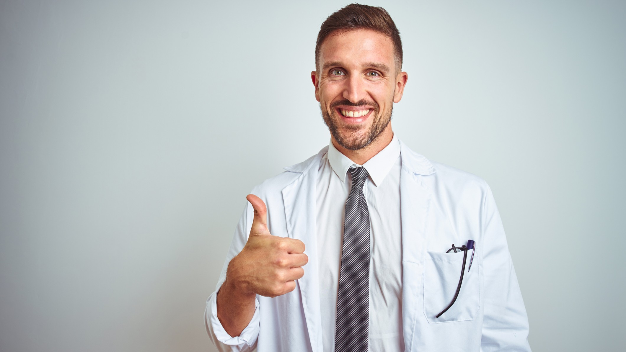 medical asx share price represented by doctor giving thumbs up