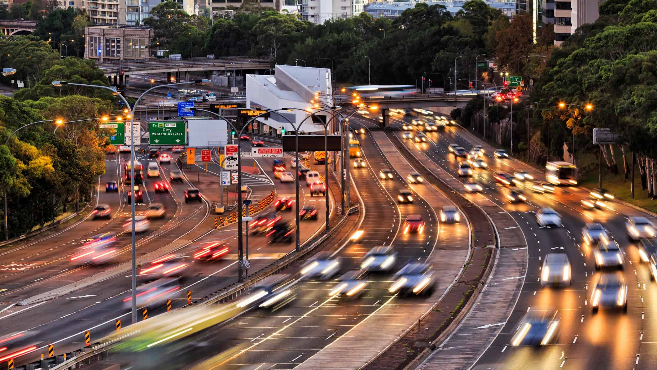 Busy freeway and tollway, transurban share price